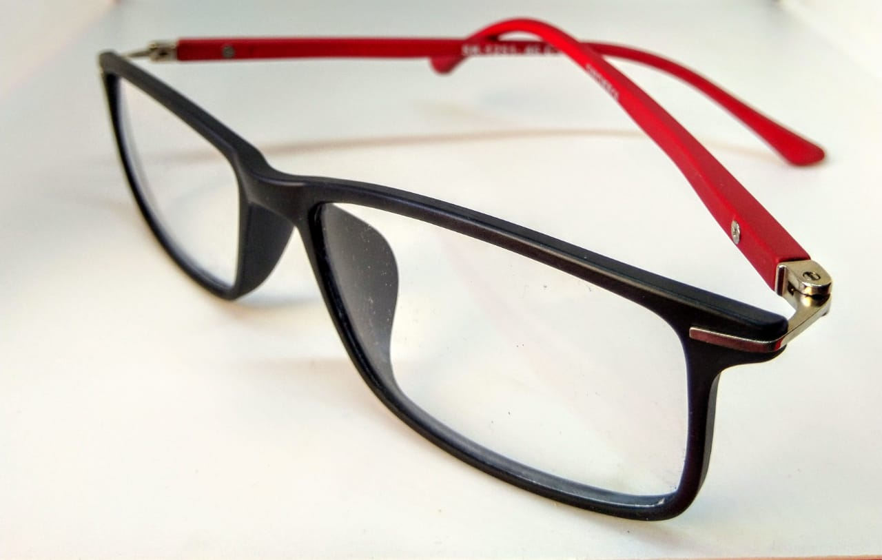 EyeGlasses – TR90 Frame – Super Flexible and unbreakable - Red and Black - Square Shape